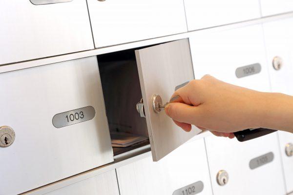 Opening usps mailbox